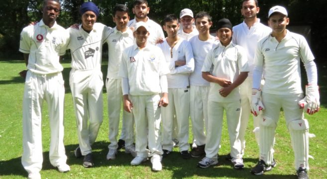 Outdoor cricket team