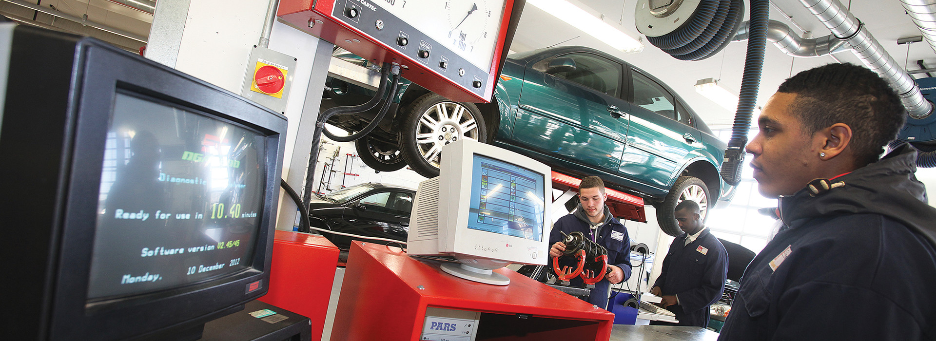 Automotive Diagnostics and Management Principles HNC