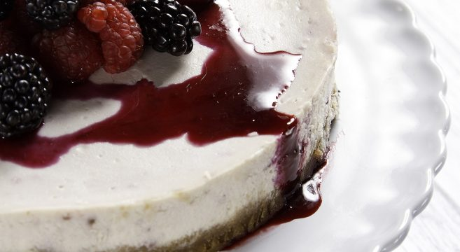 Ginger & Blackberry Cheesecake