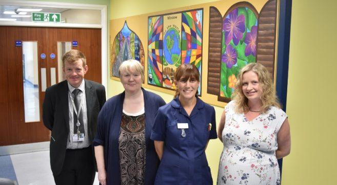 John, Jackie, Ward Sister Lisa Comfort, Helen photographed together